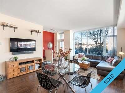 False Creek Townhouse for sale:  2 bedroom 1,265 sq.ft. (Listed 2019-04-03)