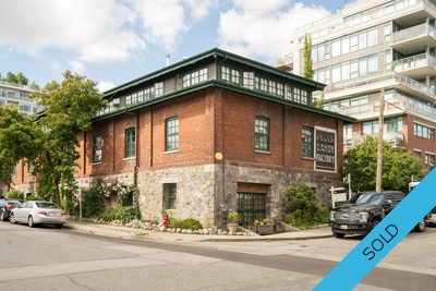 Mount Pleasant East Townhouse for sale: Brewery Creek 1 bedroom 928 sq.ft. (Listed 2018-06-29)